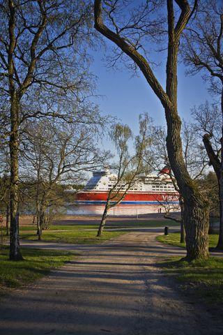 Ship in park